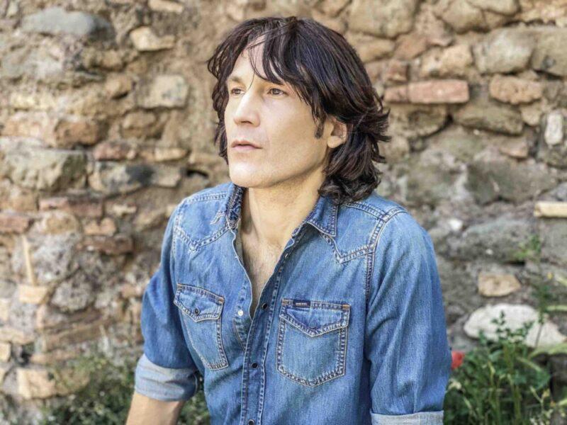 Il tributo di Mauro Di Maggio a Orbison con A love so beautiful