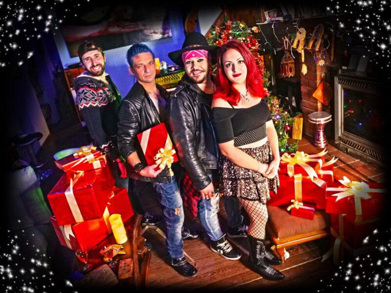 """Stay: pubblica """"Under the christmas tree"""", il primo singolo di Natale!"""