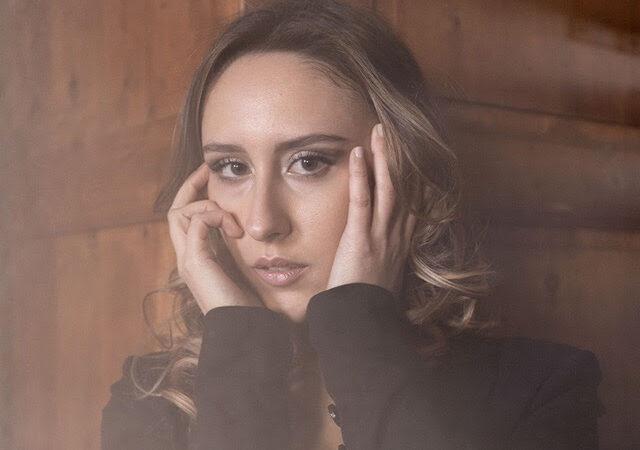"""CATERINA QUERCI presenta il video di """"GIOCO AMARO"""", il nuovo singolo"""