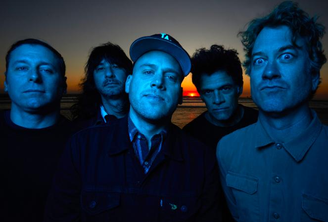 THE BRONX, tra le migliori band del panorama punk-rock californiano, annunciano il nuovo album 'BRONX VI' ed i primi due singoli
