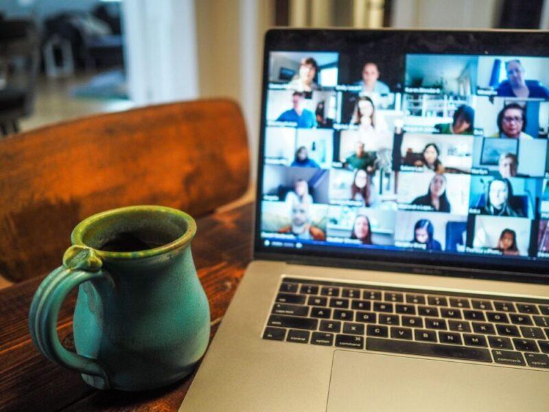 Come avviene la formazione a distanza: i corsi in videoconferenza