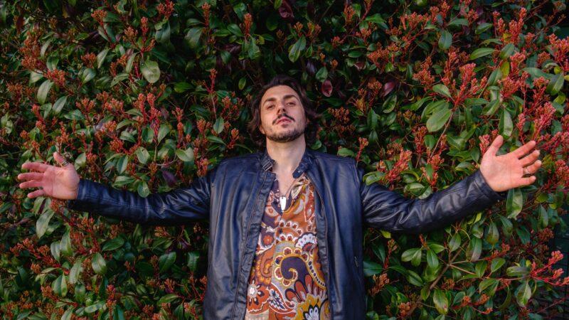 """""""Golden hour"""", pubblicato il primo EP di Degà"""